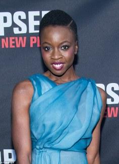 31f1d5f800000578-3479908-the_iowa_born_zimbabwe_raised_star_kept_her_hair_natural_and_ski-m-90_1457333239867