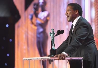 Denzel Washington accepting the SAG Best Actor Award.